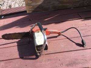 Electric Chainsaw working great for Sale in Orlando, FL