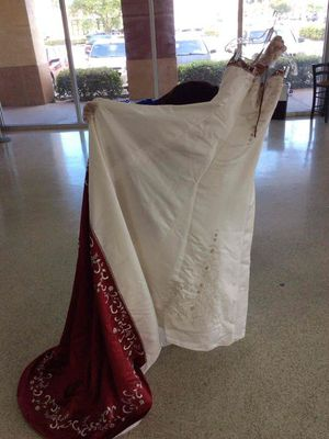Wedding dress for Sale in Pembroke Pines, FL