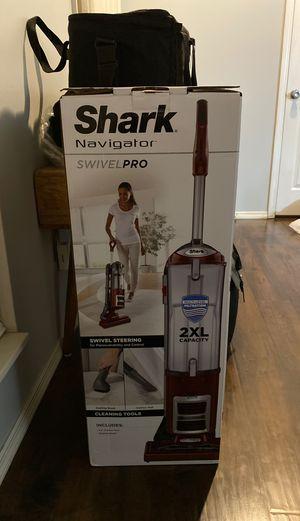 Shark Navigator swivel pro vacuum cleaner for Sale in St. Louis, MO