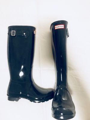 Size 7 tall Hunter rain boots for Sale in Dallas, TX