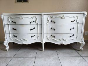 French provincial dresser for Sale in San Fernando, CA
