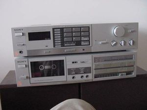 200 Watts Sony receiver with matching cassette player for Sale in Washington, DC