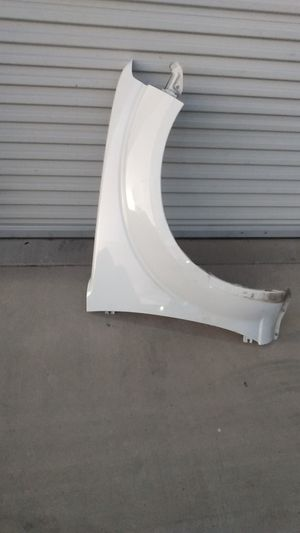 Nissan frontier fender 2005 to 2020 passenger for Sale in Rancho Cucamonga, CA