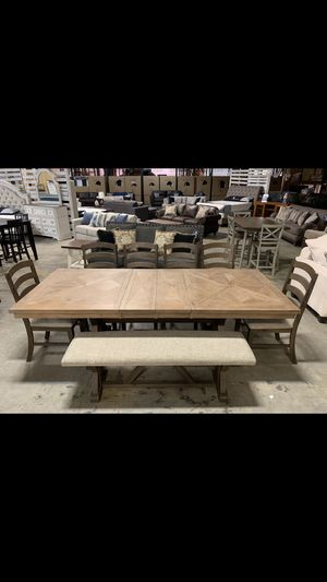 Brand New! ( 8 Piece ) Dining Set for Sale in La Vergne, TN