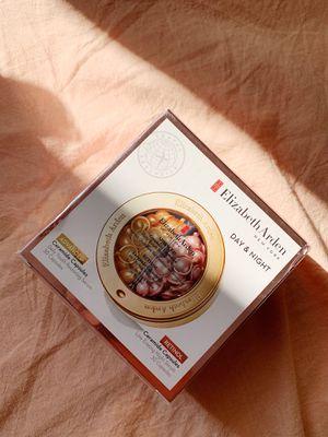 Elizabeth Arden capsules brand new unopened for Sale in Monterey, CA