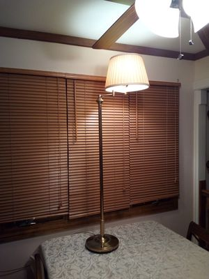 Vintage brass floor lamp/ home decorative/ brass adjustable arm floor lamp with shade for Sale in Dearborn, MI