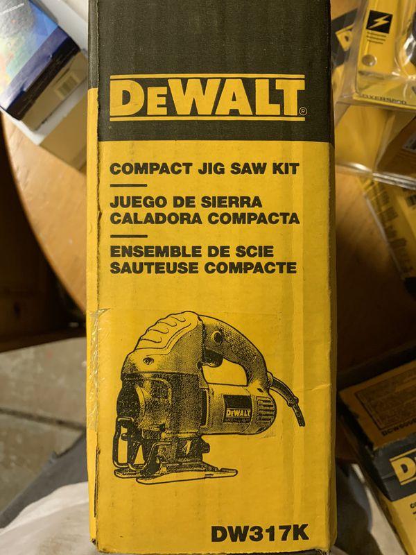DeWALT....