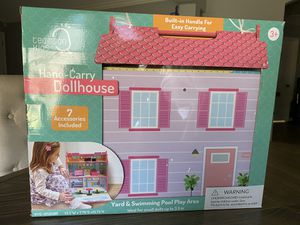 Hand Carry Doll House for Sale in Houston, TX