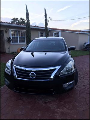 nissan altima 2014 for Sale in Coral Gables, FL