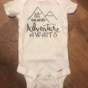 Infant onesie for Sale in Mount Vernon, WA