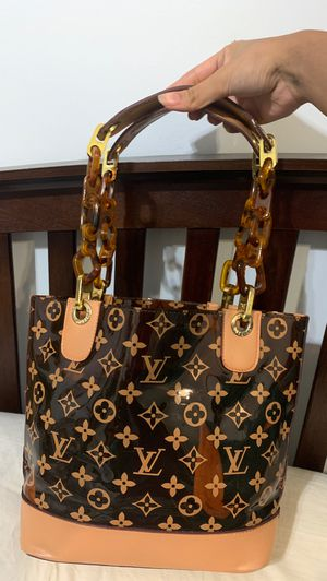 Authentic Louis Vuitton bag for Sale in Nashville, TN