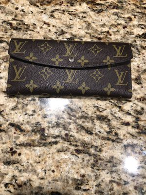 Louis Vuitton Female Wallet for Sale in Tampa, FL