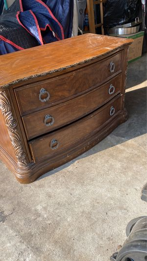 Dresser for Sale in City of Industry, CA
