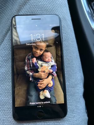iPhone 8 Plus AT&T for Sale in Philadelphia, PA