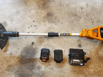Worx Cordless Trimmer / Edger for Sale in Sugar Land,  TX
