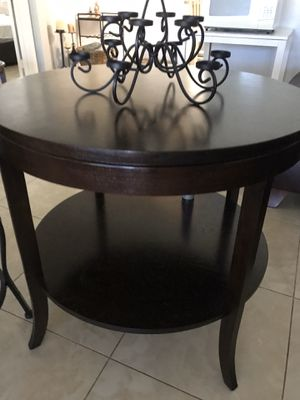 Round wooden table for Sale in Fort Lauderdale, FL