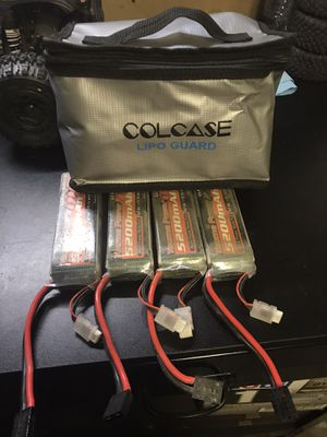 3s lipo batteries x4 and bag for Sale in Santee, CA
