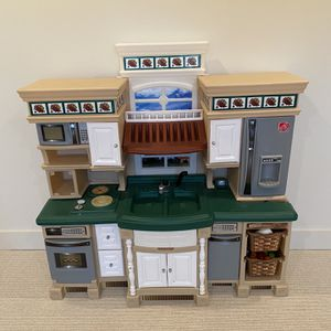 Step 2 kids play kitchen for Sale in Montgomery, AL
