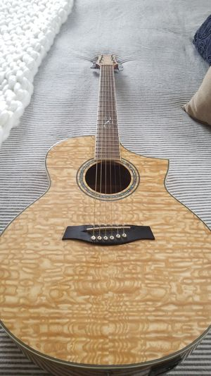 Ibanez acoustic-electric ew20ase-nt-3t-02 for Sale in Vista, CA