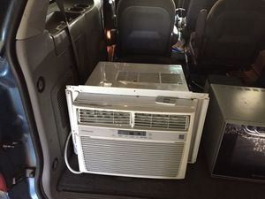 110 V 10,000 BTU Frigidaire air conditioner. Also 1100 W microwave with browning element for Sale in US