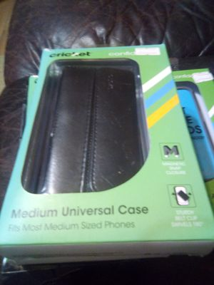 Phone case and a music sheet stand new with case an box for Sale in Mabelvale, AR