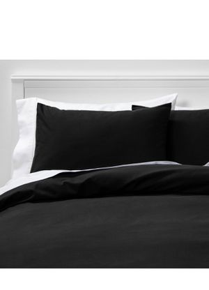full/queen easy-care duvet cover & sham set black- room essentials for Sale in El Monte, CA