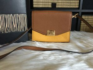 Michael Kors Cassie XS crossbody leather for Sale in San Jose, CA