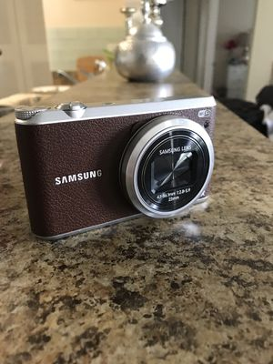 Samsung White WB350F Smart Digital Camera with 16.3 Megapixels for Sale in Tampa, FL