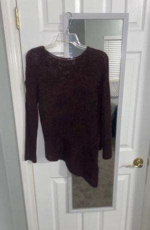 Maroon sweater for Sale in Las Vegas, NV
