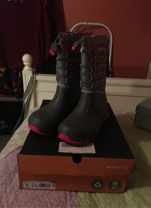 Merrell's Kids Snow Quest Lite W/ Grey 7M for Sale in Clinton, CT