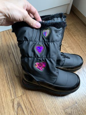 Totes girls winter boots size 2 for Sale in Harrisburg, NC