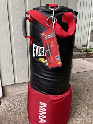 Everlast MMA punching bag for Sale in Bellevue, WA