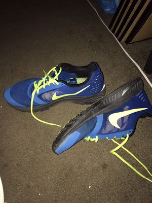 Men's nikes for Sale in Pittsburgh, PA