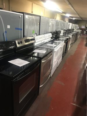 Stoves gas and electric for Sale in Saint Joseph, MO