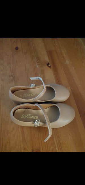 Tap dance shoes size 9 (toddler) for Sale in Cromwell, CT