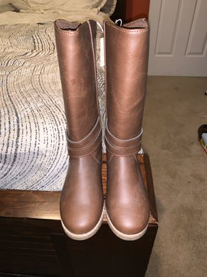 Preschool Girls size 13 boots. New with tags! for Sale in Greenville, SC
