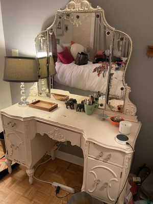Antique vanity with mirror for Sale in Chicago, IL