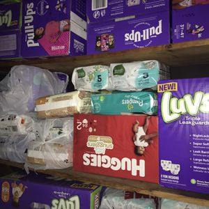 Pampers & Diapers/ Wipes for Sale in King of Prussia, PA