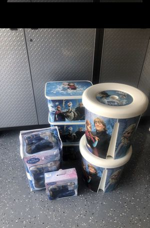 Full size frozen comforter bundle for Sale in Haines City, FL