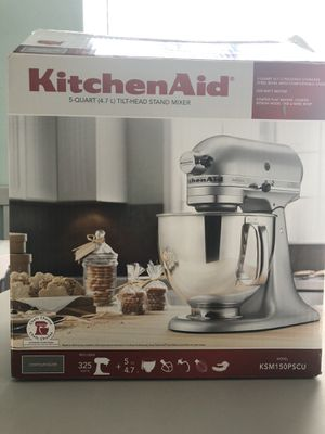 Kitchen Aid 5-quart, tilt-head Stand Mixer, NEW for Sale in Houston, TX