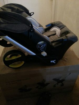 Baby stroller for Sale in West Palm Beach, FL