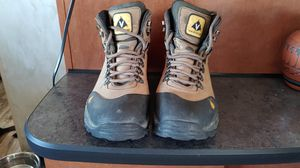 Vasque backpacking boots. Women's size 9.5M for Sale in Mesa, AZ