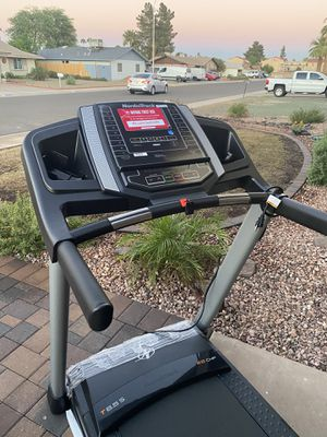 (NEW) NordicTrack treadmill - T6.5S for Sale in Glendale, AZ