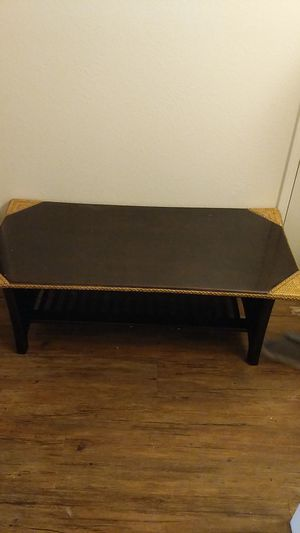 Living room set, coffee table, and 2 sofa tables for Sale in Fresno, CA