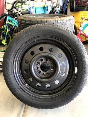 Set of 4 wheels with tires 16 in 5 lugs for Sale in Banning, CA