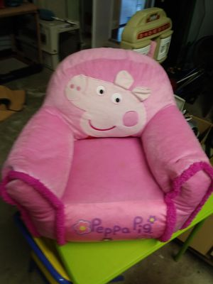 Peppa Pig pink chair for Sale in Port St. Lucie, FL