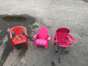Kids chairs ($10 for all 3) for Sale in Molalla, OR