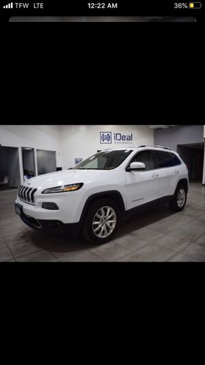 2016 Jeep Cherokee parts 2.4 motor and trans for Sale in Chicago, IL