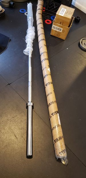Olympic Bar 7 Feet 45 Pounds for Sale in Miami, FL