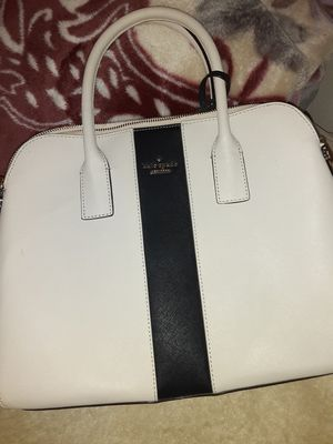 Kate Spade -Medium Size for Sale in Gilroy, CA
